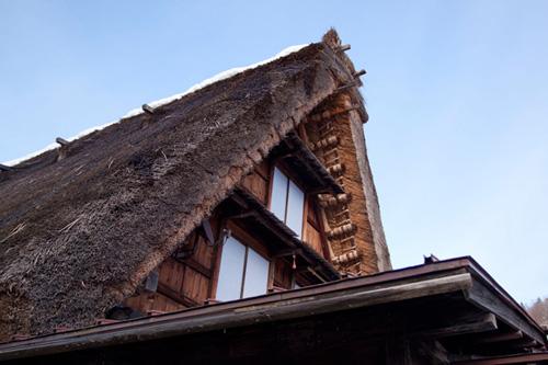 白川郷の茅葺屋根