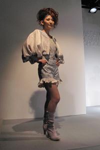 KDS2010卒展-ファッションショー03