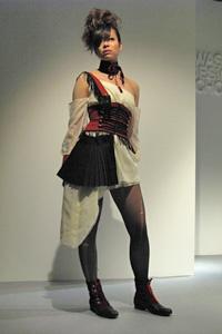 KDS2010卒展-ファッションショー05